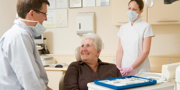 9 REASONS SENIOR DENTAL HEALTH CARE IS IMPORTANT |
